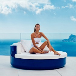 Sunbathing ULM Vondom DayBed Sofa lacquered blue